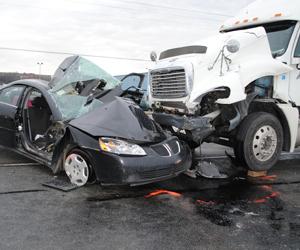 los angeles truck accident injury attorney la habra